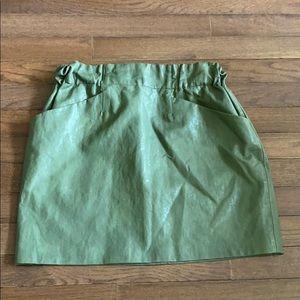 Zara Basic Pleather Green Skirt Size Small